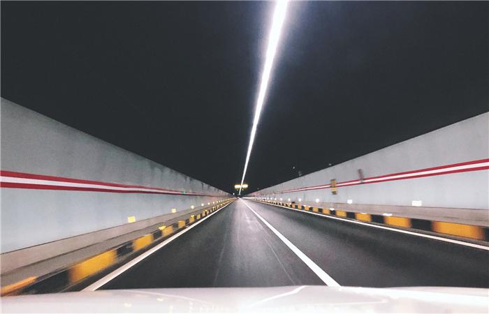 腿腿教学网-BIM与物联网的结合有意义吗?对隧道工程运维有什么意义?