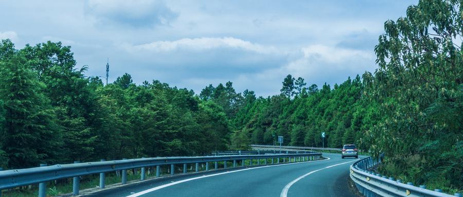 腿腿教学网-高速公路设计用BIM怎么样?会有哪些挑战?